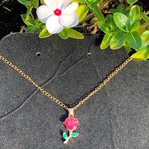 Single rose promise golden necklace